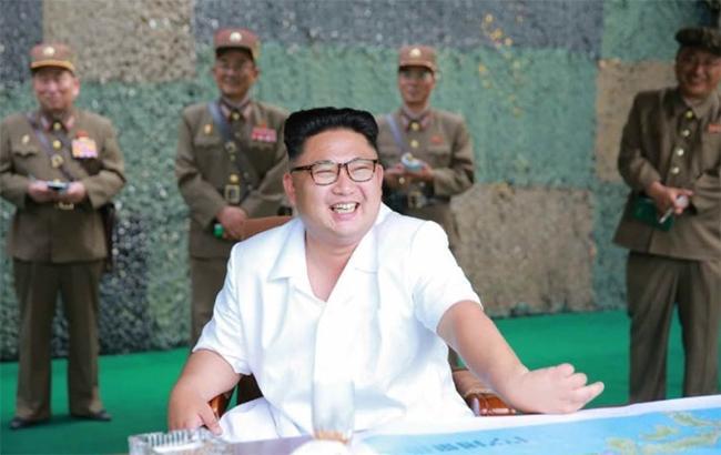 КНДР допустила 8 южнокорейских журналистов на демонтаж ядерного полигона