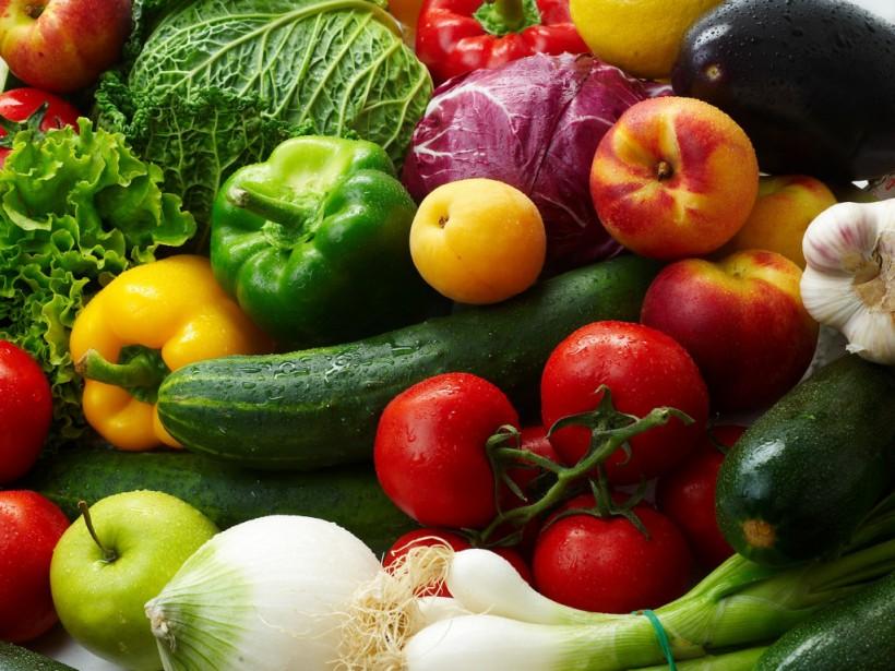 Первые весенние овощи: вред или польза