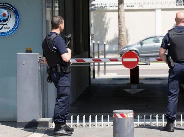 Во Франции бывших сотрудников спецслужб обвинили в шпионаже в пользу Китая