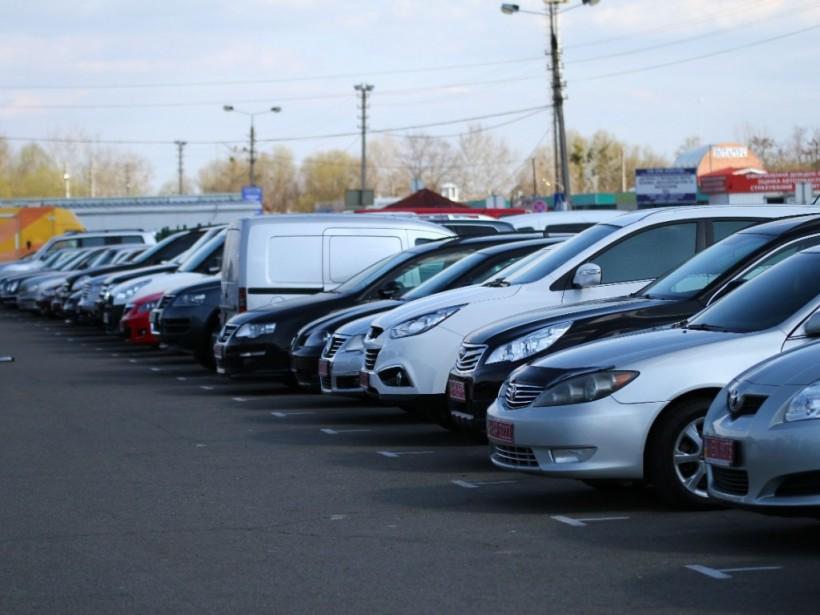Продажи б/у авто в Украине выросли на 44%