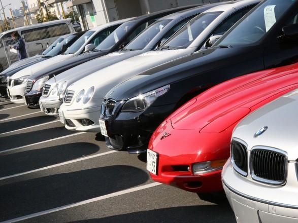 Президент подписал закон об упрощении ввоза импортных автомобилей