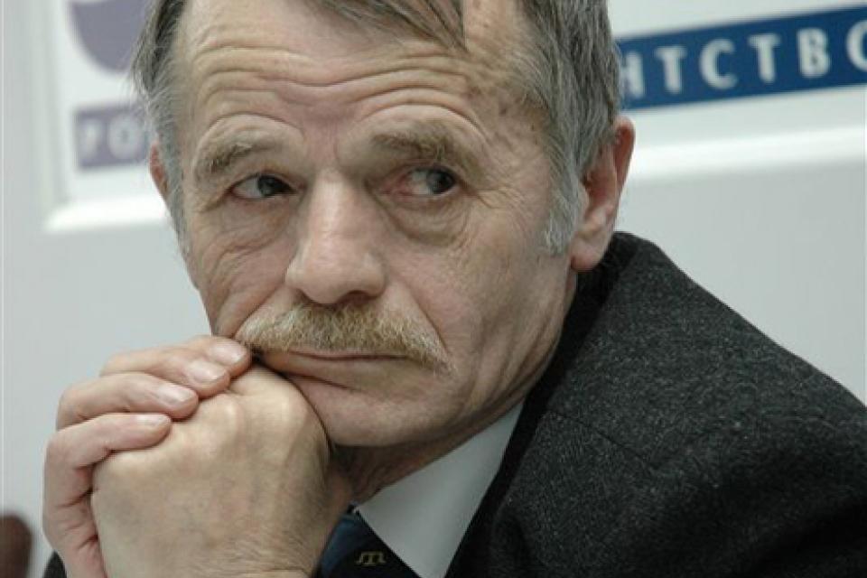 Джемилев назвал два варианта возвращения Крыма всостав Украины