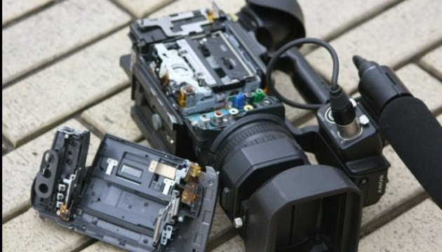 НСЖУ: с начала года - 45 случаев применения силы к журналистам