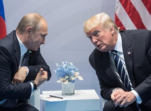 Bloomberg: Трамп и Путин могут договориться о выводе иранских войск из Сирии