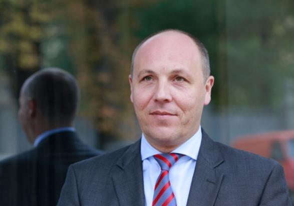 Парубий заявил о продолжении консультаций по особому статусу Донбасса
