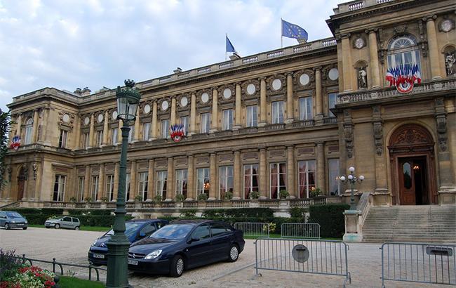 Франция ограничивает поездки дипломатов в Иран, - Reuters