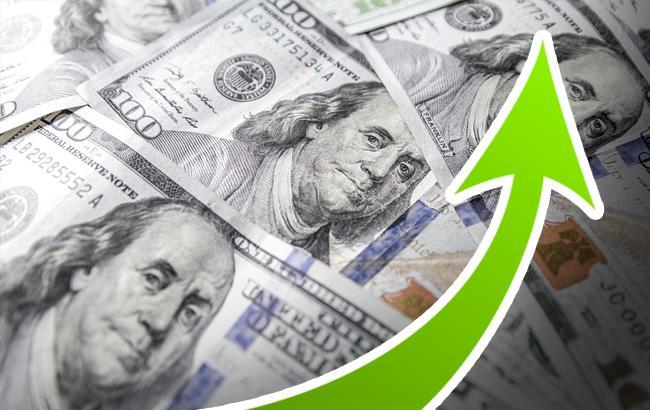 Курс доллара на межбанке 27 августа повысился до 27,98 гривен/доллар