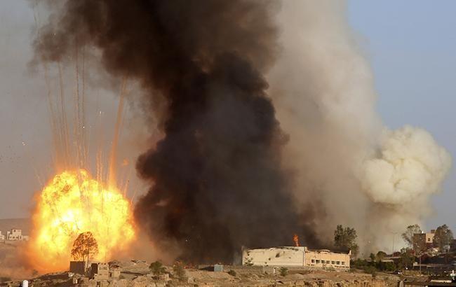В Йемене от авиаударов погибли по меньшей мере 30 человек