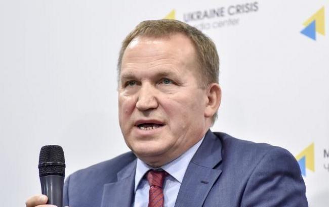 В Киеве полиция остановила автомобиль с пьяным украинским дипломатом