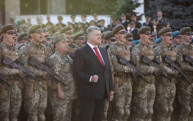 Порошенко принял участие в генеральной репетиции парада