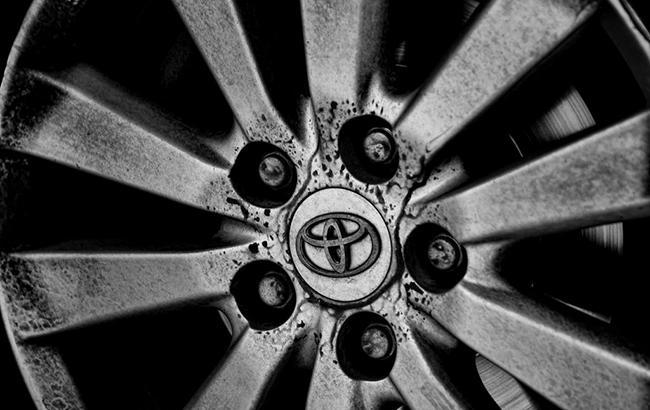 Toyota вложит в Uber 500 млн долларов для разработки беспилотных автомобилей
