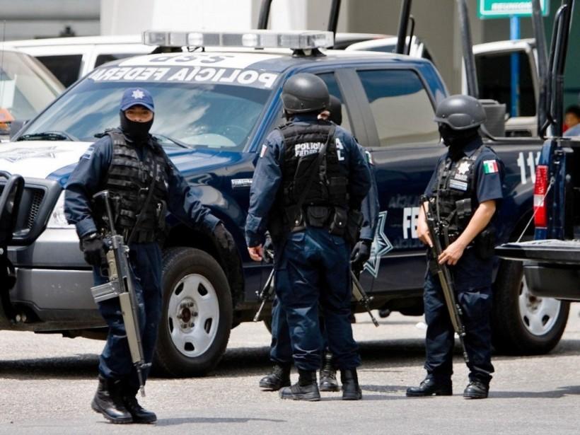 В сумке-холодильнике в Мексике обнаружили семь отрубленных голов (ФОТО)