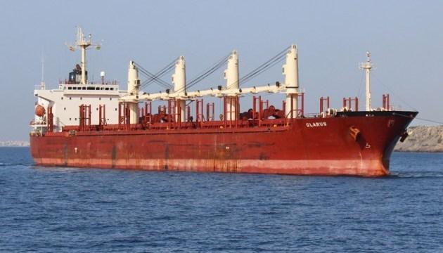 МИД: среди 12 плененных пиратами в Нигерийском заливе есть украинец