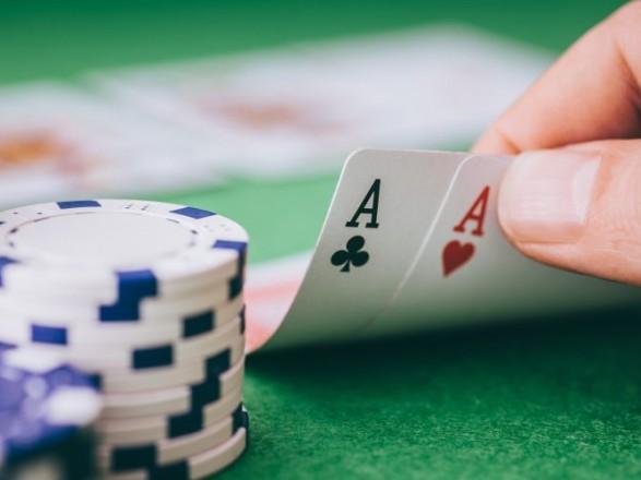 Заместитель министра финансов оказался лоббистом покера – СМИ