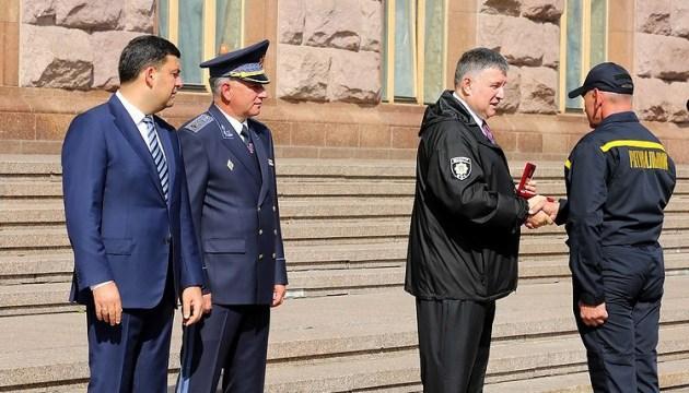 Аваков сказал, когда ГСЧС получит вертолеты Airbus