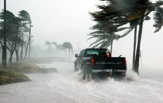 """Во Флориде сообщили о первой жертве урагана """"Майкл"""""""