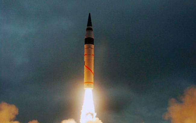 В Индии провели успешное испытание ракеты, способной нести ядерный заряд
