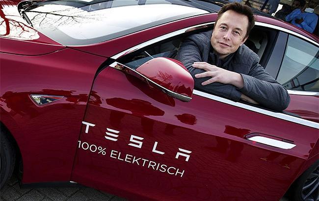 Против Tesla ФБР начало уголовное расследование о введении в заблуждение инвесторов компании, - WSJ