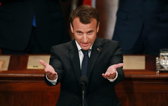 Макрон выдвинул условие для участия в четырехстороннем саммите по Сирии
