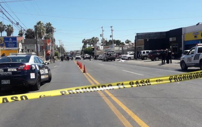В Мексике в результате стрельбы у школы погибли 5 полицейских