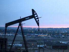 Страны ОПЕК+ в сентябре увеличили добычу нефти