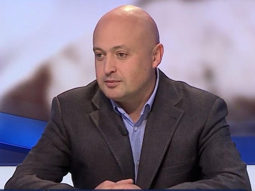 Саакашвили выгодны нападения на активистов - политолог