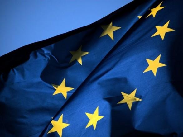 Почти треть украинцев выступают за усиление давления ЕС на украинскую власть - опрос