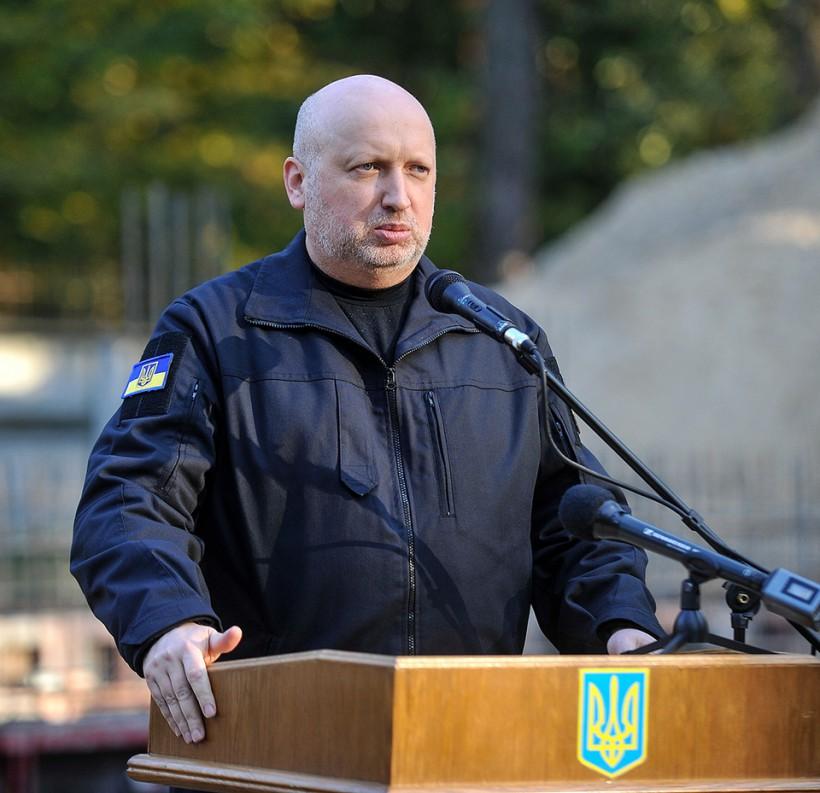 Турчинов заложил капсулу на строительстве штаб-квартиры внешней разведки