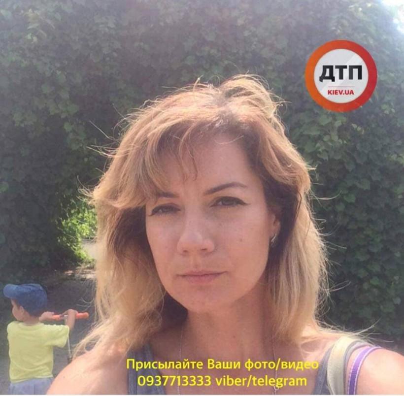 «Это НЕ мать! Монстр! Чудовище!»: в соцсетях обсуждают женщину, которая утопила в Киеве двоих детей (ФОТО)