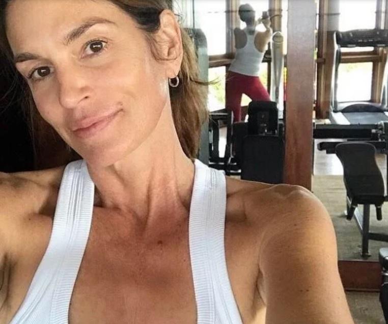 52-летняя Синди Кроуфорд потрясла своим видом (ФОТО)