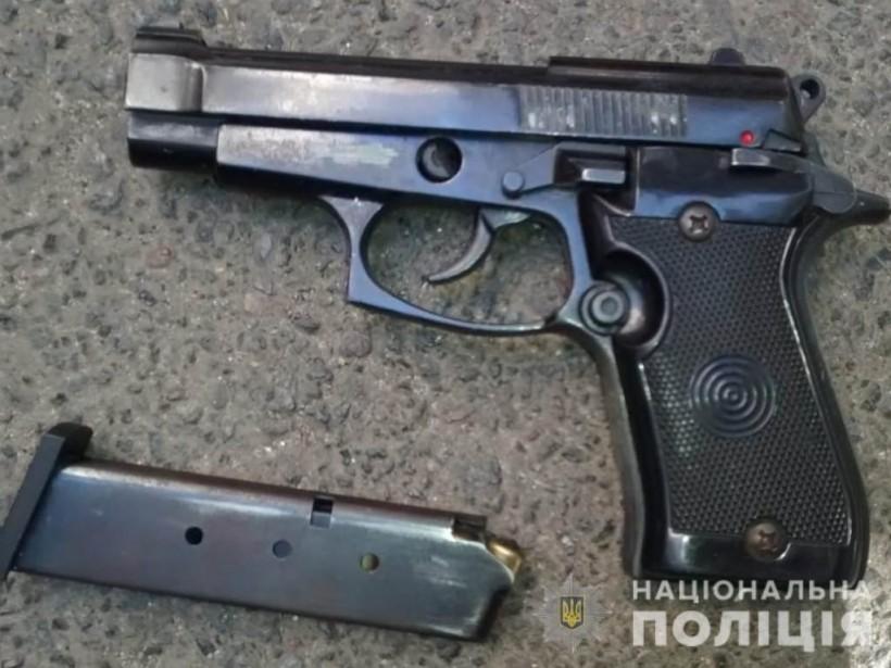 Грабил квартиры: в Одессе задержали 28-летнего вооруженного вора-иностранца (ФОТО)
