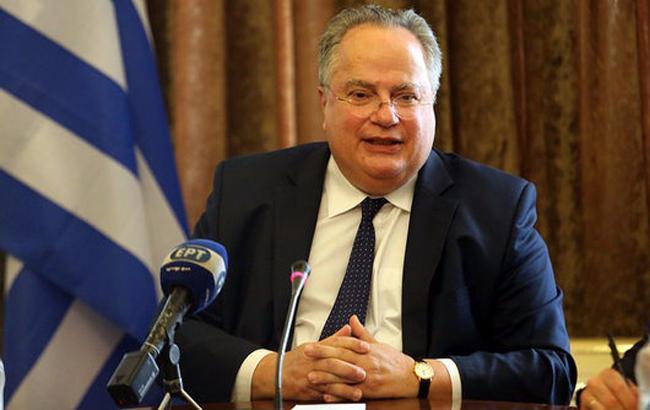 Глава МИД Греции подал в отставку