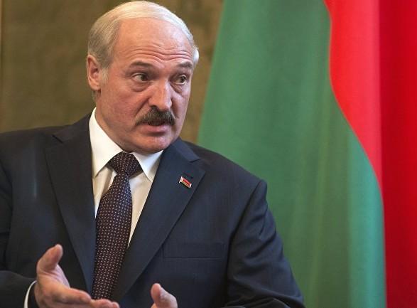 Лукашенко заверил, что белорусы никогда не приедут в Украину на танках