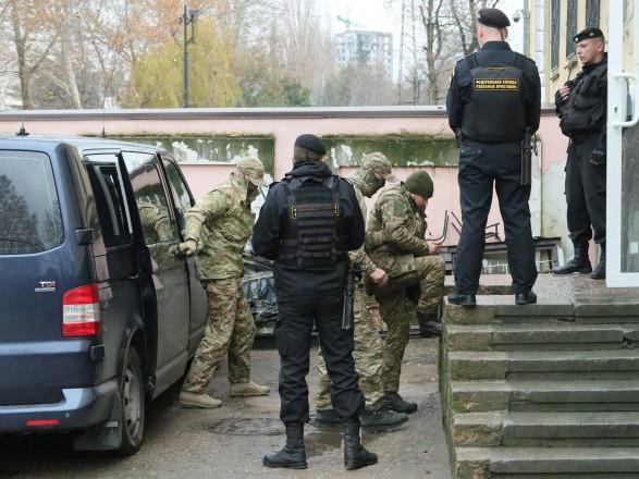 В АП объяснили, для чего украинских моряков в РФ заставили снять военную форму