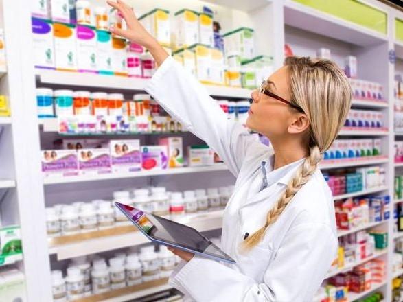 Депутат об аптеках: сегодня это - супермаркеты, которых не беспокоят интересы больных