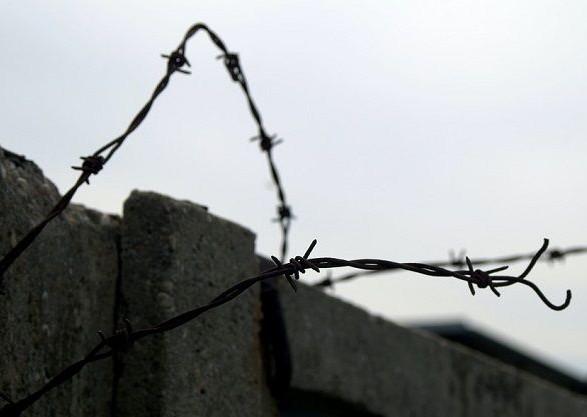 Правительство приняло порядок эвакуации заключенных во время военного положения еще три недели назад