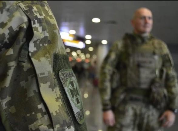 Украина закрыла въезд для мужчин - граждан РФ от 16 до 60 лет