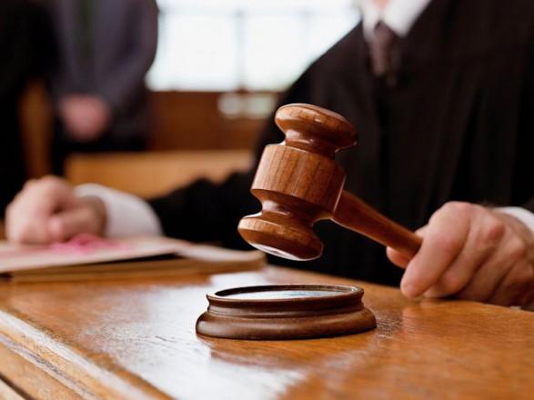Суд продолжит рассмотрение иска Януковича к Луценко 22 ноября
