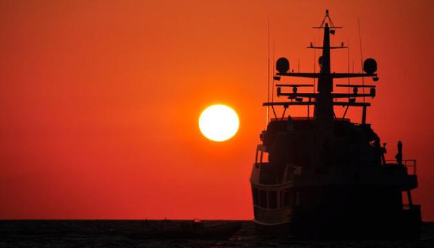 Предварительно: задержанное ФСБ украинское судно вышло из оккупированного Новоазовска