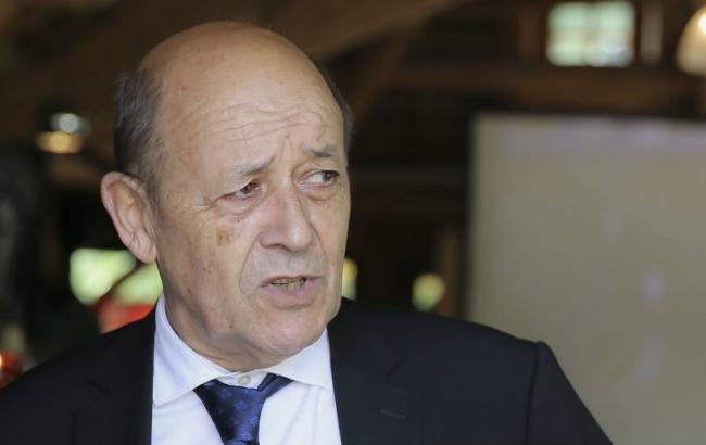 Франция выделит ЦАР 24 млн евро и передаст оружие