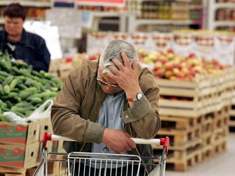 И. Томич: «На одну пенсию в Украине можно купить лишь три килограмма сала»