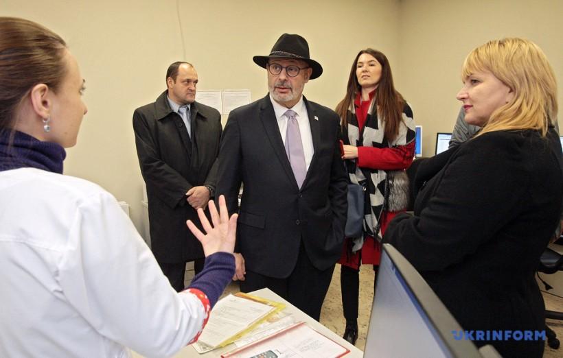 Охматдет договаривается о стажировке специалистов больницы в Израиле