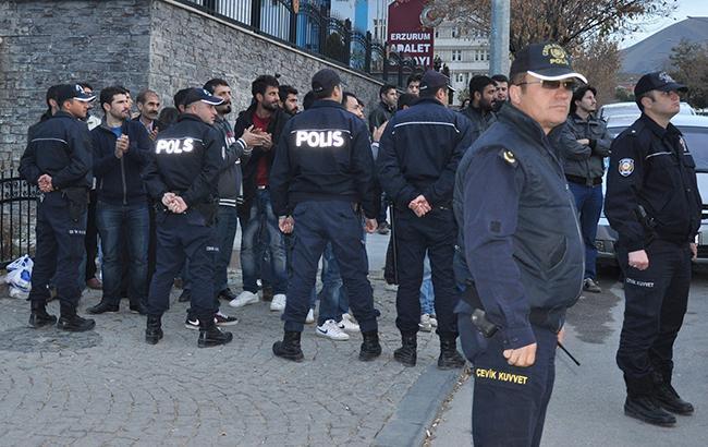 В Турции прошли массовые аресты деятелей культуры