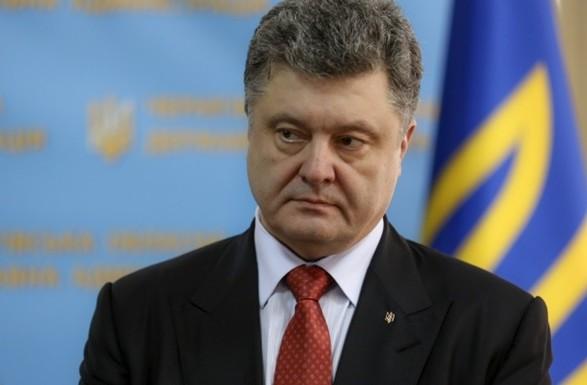 Порошенко: в России быть украинцем, сложнее, чем где-либо