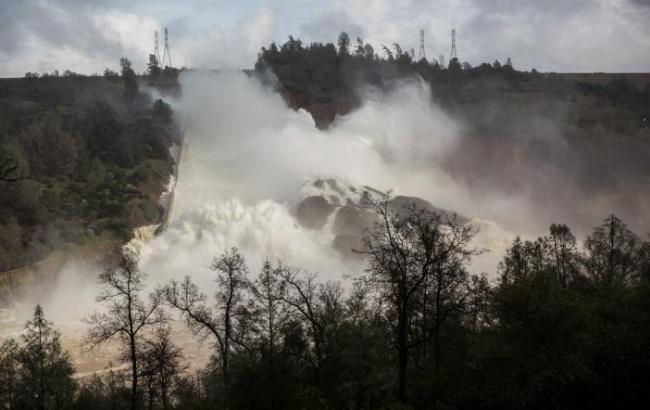 Пожар на севере Калифорнии практически полностью локализован