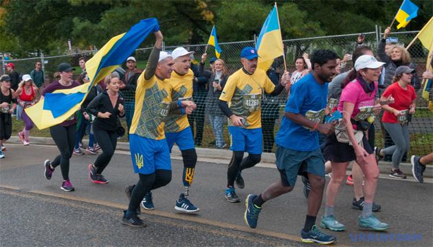 Реабилитация спортом наиболее эффективна для ветеранов АТО - участники марафона в США