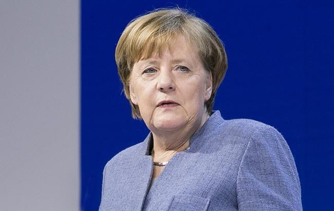 Меркель призвала к мирному решению всех военных конфликтов
