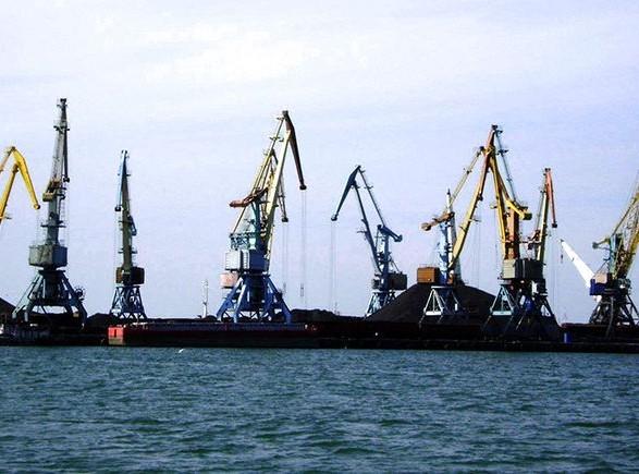 Порты Мариуполя и Бердянска остаются заблокированными