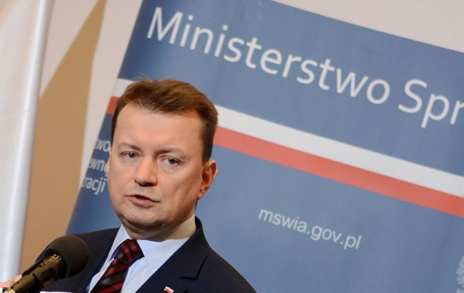 Мир имеет дело с восстановлением российской империи, - министр обороны Польши