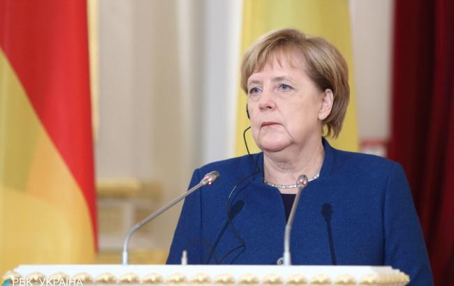 Меркель обсудит агрессию в Азовском море на встрече с Путиным в Аргентине
